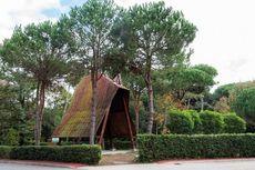 Kapel Kayu Italia, tetapi