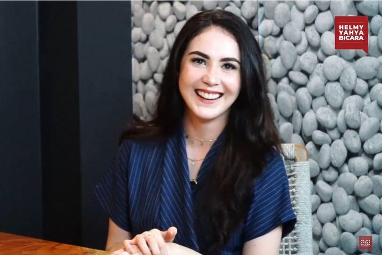 Artis peran Arumi Bachsin