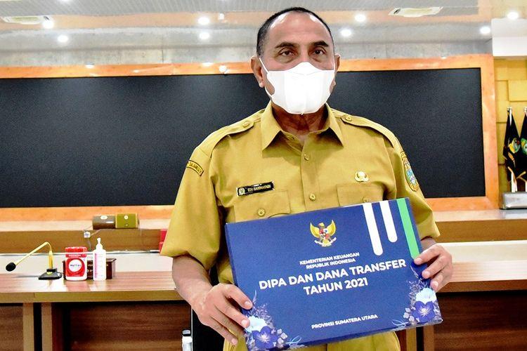 Gubernur Sumut Edy Rahmayadi menerima dokumen DIPA dan TKDD 2021 secara virtual dari Presiden Jokowi di pendopo rumah dinas gubernur, Rabu (25/11/2020)