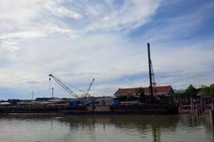 Pembangunan dermaga baru pelabuhan Tunontaka di wialayah perbatasan Kabupaten Nunukan. Pelindo mentargetkan Bulan Desember 2017 pelabuhan sudah bisa difungsikan melayani penumpang dari Malaysia yang mayoritas merupakan TKI.