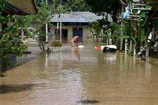 Evakuasi Korban Banjir, Pemerintah Kecamatan Mengutang