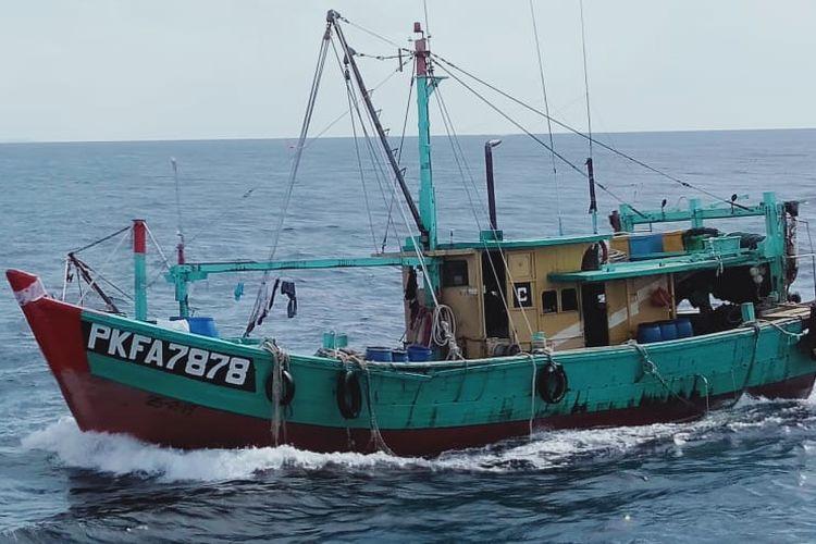 Kementerian Kelautan dan Perikanan (KKP) kembali berhasil menangkap kapal ikan asing (KIA) yang melakukan penangkapan ikan secara ilegal (illegal fishing) di Wilayah Pengelolaan Perikanan Negara Republik Indonesia (WPP-NRI).  6 KIA asing tersebut terdiri dari 4 KIA asal Vietnam dan 2 KIA asal Malaysia.