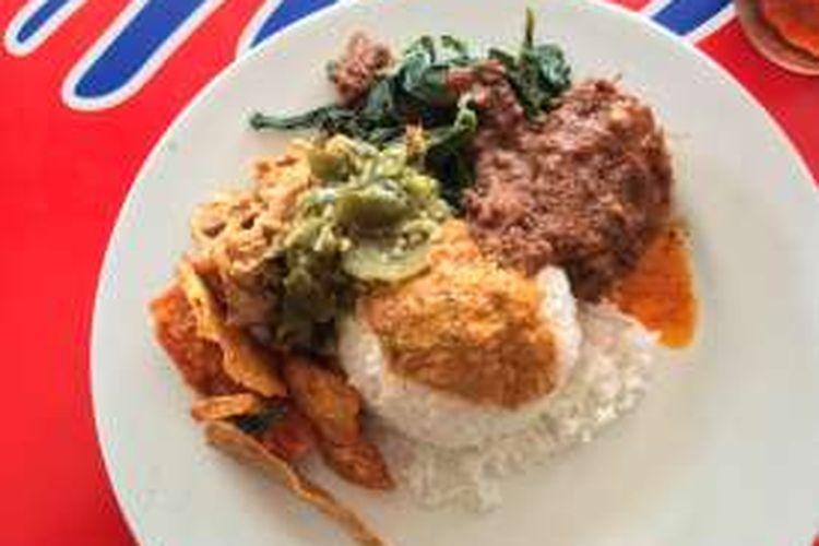 3 Nasi Padang Wajib Coba Di Jakarta