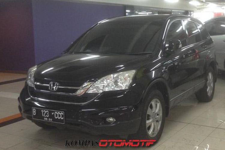 Mobil bekas Honda CRV di MGK Kemayoran.