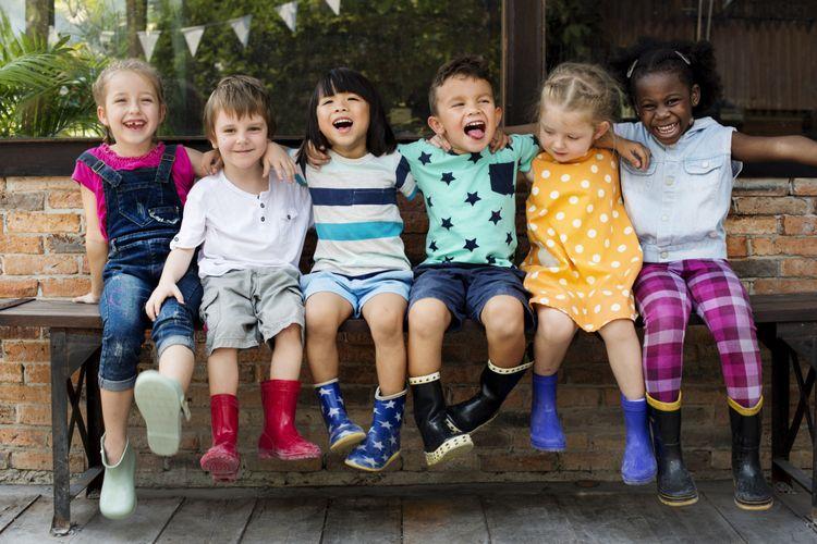Ilustrasi anak-anak dari berbagai etnis