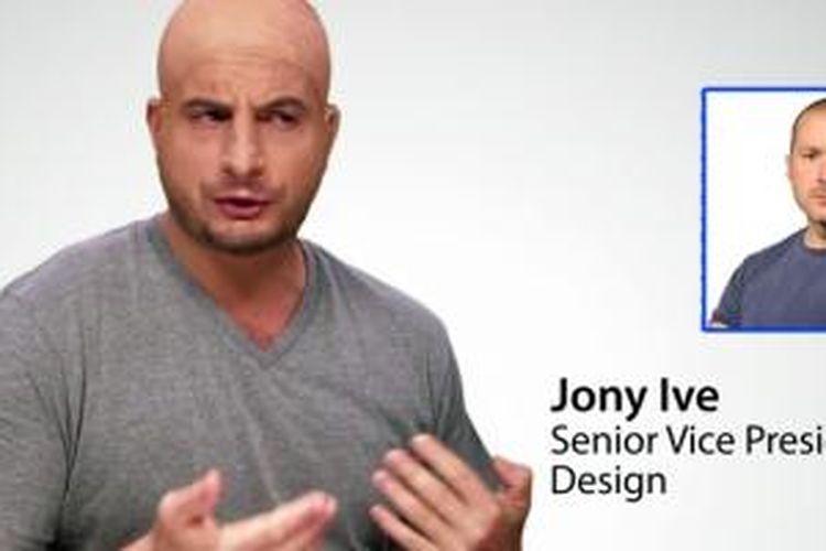 Komedian Australia Dan Ilic berperan sebagai Sir Jonathan Paul Ive, Senior Vice President of Design Apple Inc. (insert).