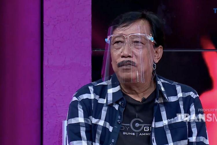 Doyok hadir dalam acara Rumpi. (Bidikan layar YouTube Trans TV Official).