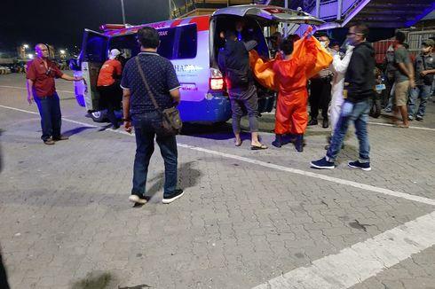 Sepasang Pria dan Wanita Ditemukan Tewas Tanpa Busana Dalam Mobil di Atas Kapal