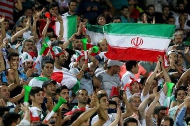 Sejak Revolusi pada 1979, hanya laki-laki yang boleh menonton sepak bola di stadion. (Getty Images/BBC Indonesia)