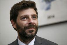 Nicholas Yatromanolakis, Menteri Gay Pertama di Yunani