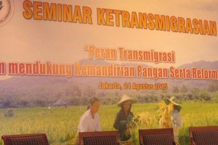 Seminar Ketransmigrasian. Indonesia terbukti belum mampu memenuhi kebutuhan pangan dari produksinya sendiri, kata Kementerian Desa, Pembangunan Daerah Tertinggal (PDT), dan Transmigrasi. Upaya meningkatkan ketahanan pangan, salah satunya, melalui program transmigrasi.