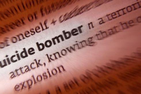 Cari Identitas, Polisi Ambil Sidik Jari Jenazah Pelaku Bom Bunuh Diri
