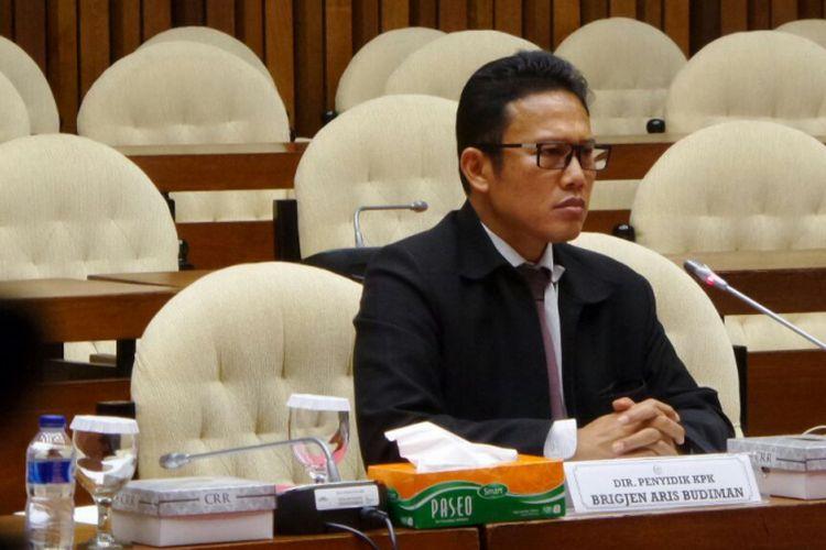 Direktur Penyidikan Komisi Pemberantasan Korupsi (KPK), Brigjen Pol Aris Budiman saat memenuhi undangan pansus hak angket KPK di Kompleks Parlemen, Senayan, Jakarta, Selasa (29/8/2017).