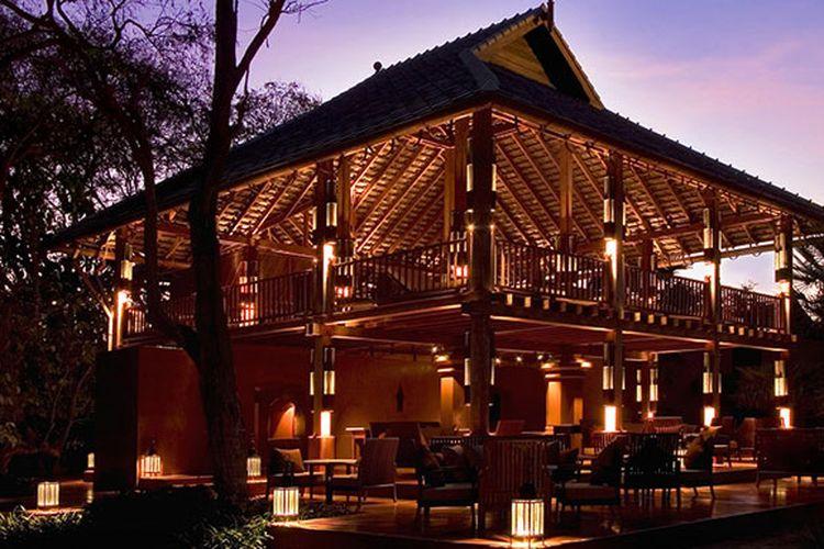 McFarland House, rumah kayu dua lantai di The Barai, Hua Hin, Thailand.