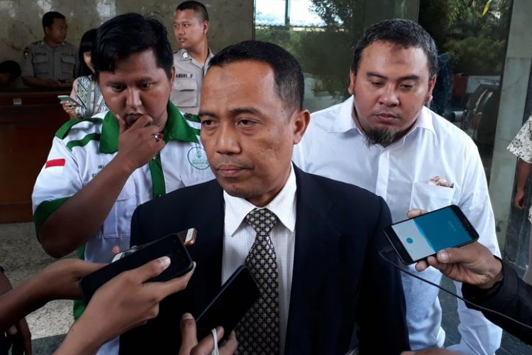 Pengacara Rizieq Shihab, Sugito Atmo Pawiro ketika ditemui di Bareskrim Mabes Polri, Jakarta, Jumat (4/5/2018).