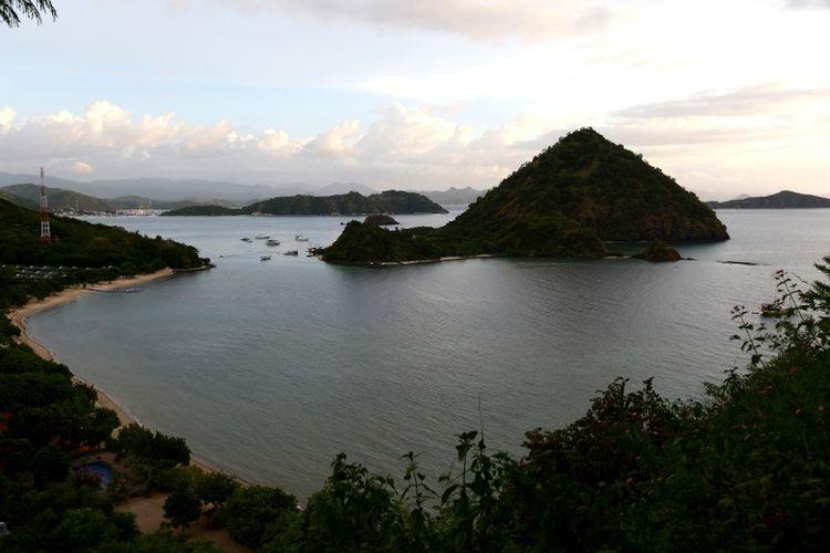 Pantai Waecicu, Labuan Bajo, Nusa Tenggara Timur.
