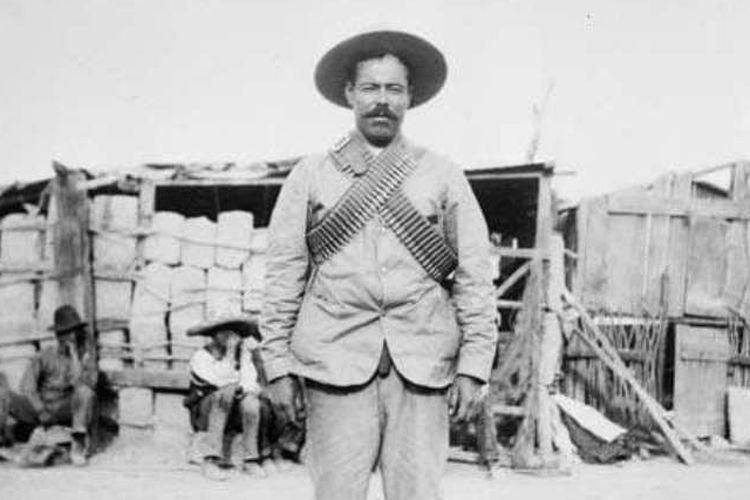 Pancho Villa, bandit yang kemudian menjadi pejuang revolusi Meksiko.