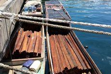 Patroli Satpolair Sorong Tahan 2 Perahu Motor Berisi Kayu Merbau Tanpa Dokumen