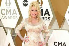 Ikuti Dolly Parton, dari Miley Cyrus hingga Arnold Schwarzenegger Ikut #dollypartonchallenge