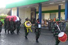 Tiba di Ambon, Jenazah Praka Alif Disambut dengan Upacara Militer