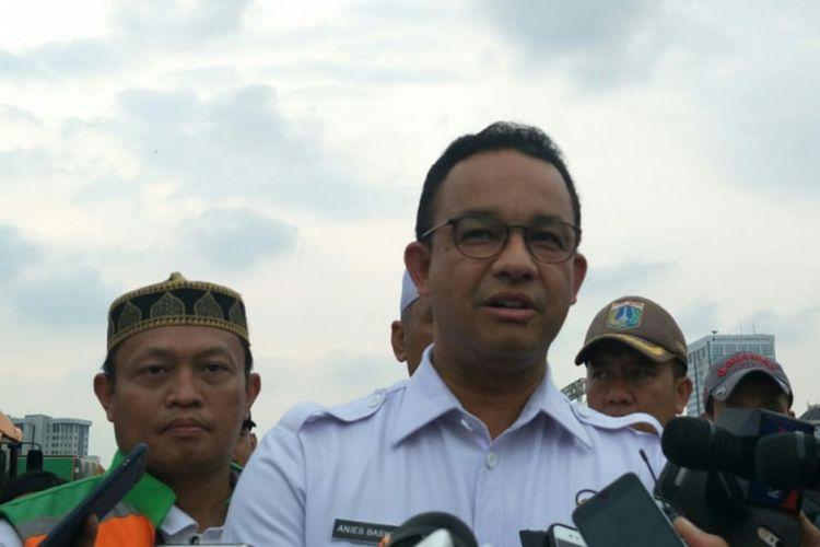 Gubernur DKI Jakarta Anies Baswedan di kawasan Monas, Jakarta Pusat, Minggu (2/12/2018) sore.