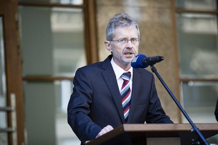 Kepala Senat Ceko Milos Vystrcil