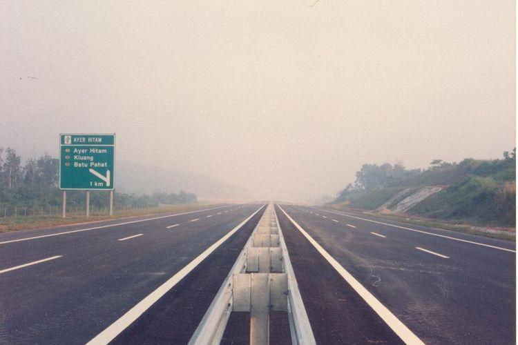 Ilustrasi jalan tol.