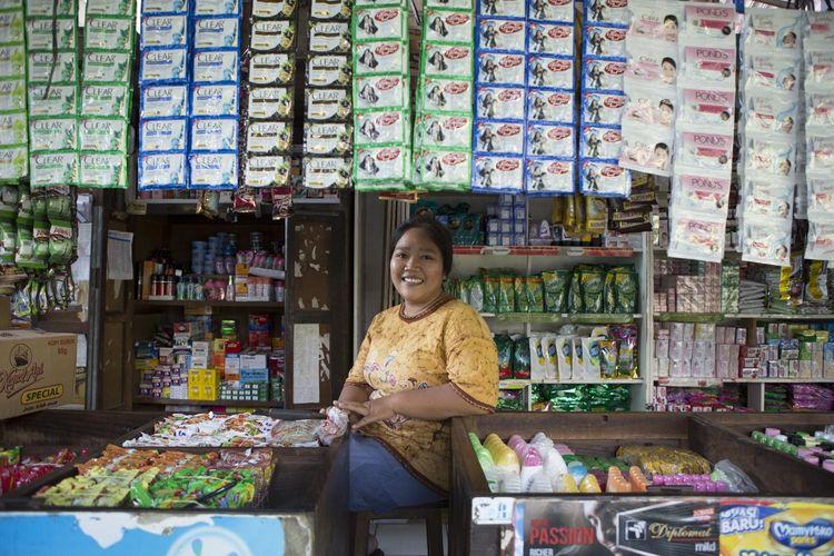 UMKM, bantu menjaga stabilitas ekonomi nasional di tengah situasi pandemi.