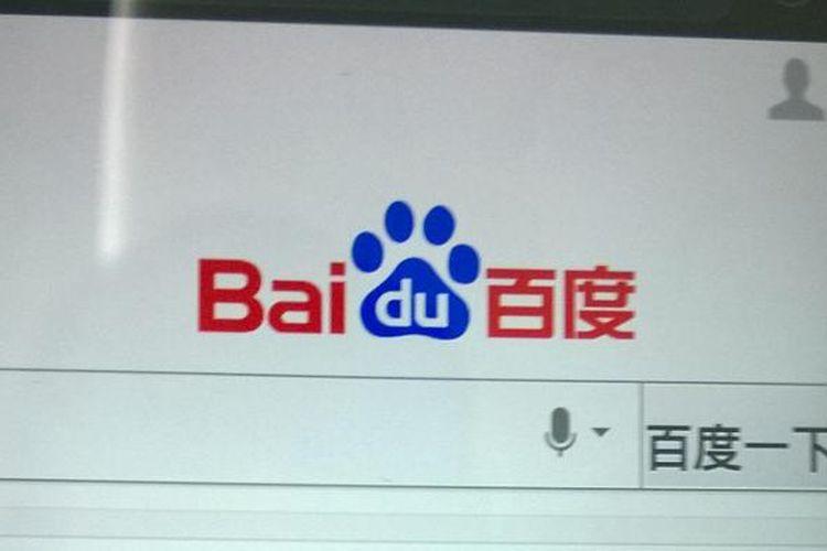 PERAMBAN TIONGKOK -- Meski Tiongkok memblokir semua situs ternama produk luar negeri mereka, termasuk Google, namun Negeri Tirai Bambu ini mimiliki peramban (browser) buatan sendiri yang tak kalah cepat dan lengkap, yakni Baidu. Di peramban paling populer di Tiongkok ini, fitur semacam Wikipedia sudah terpasang di dalamnya. (KOMPAS/PEPIH NUGRAHA)