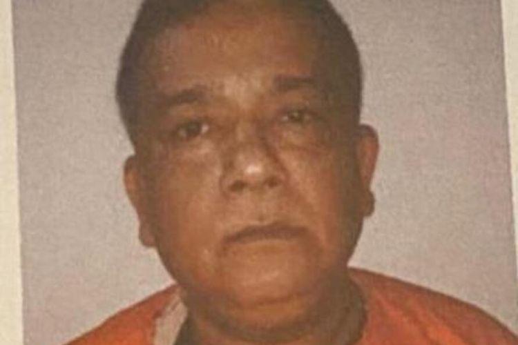 Joko Zulkarnain terdakwa kasus penyelundupan narkoba sebanyak lima kilogram yang menjerat seorang anggota DPRD kota Palembang bernama Doni. Joko berhasil kabur dari rumah sakit saat menjalani perawatan.