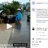 Mobil Jeblos ke Selokan karena Banjir, Waspadai Bahaya Ini