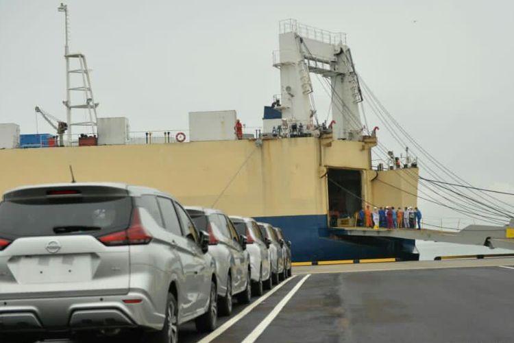Uji coba operasional Pelabuhan Patimban di Subang, Jawa Barat, Kamis (3/12/2020)