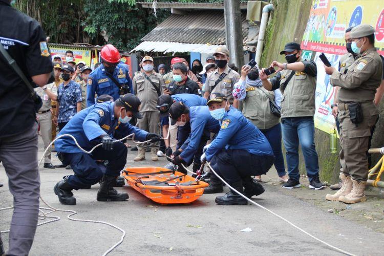 Gladiresik Kampung Siaga di Kampung Siaga Bencana di RW 07, Pondok Labu, Cilandak, Jakarta Selatan pada Kamis (28/1/2021).