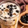 Resep Es Kopi Susu Gula Aren dengan Boba Sagu, Irit Uang Jajan Kopi
