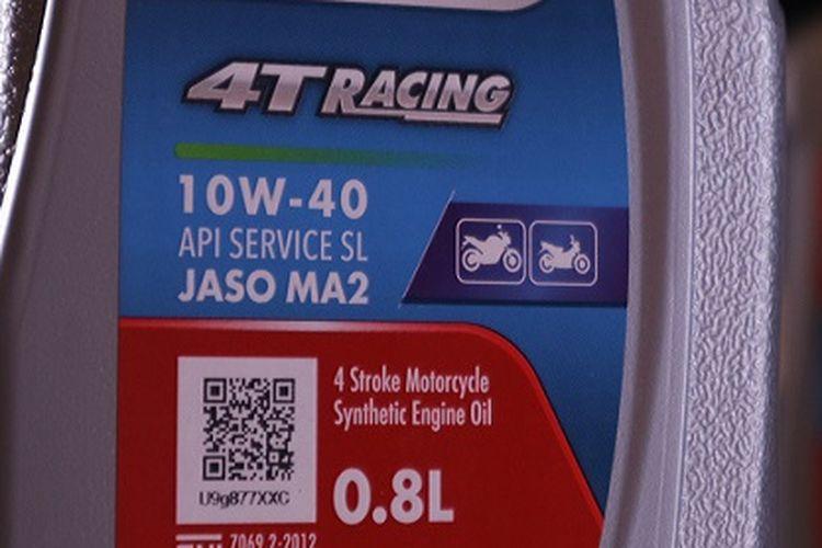 Kemasan baru Enduro 4T Racing 0,8 liter menjadi kabar gembira bagi pengguna motor dengan tangki oli mesin berukuran kecil. Pengguna motor tak perlu khawatir lagi dengan sisa kelebihan oli. (Dok. Humas Pertamina).