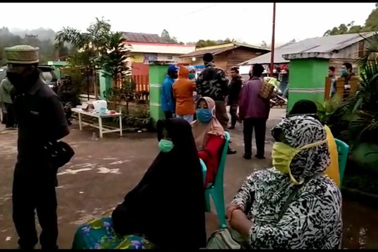 Pertahankan Zona Bebas Covid, Warga Pelintas Perbatasan Mamasa Wajib Rapid Test