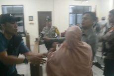 Protes Vonis Hakim, Keluarga Korban Pembunuhan Mengamuk di Pengadilan
