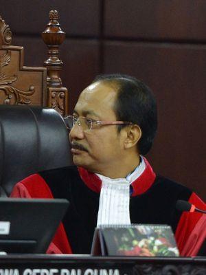 Hakim Mahkamah Konstitusi (MK) Suhartoyo