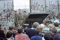 Hari Ini dalam Sejarah: Tembok Berlin Dirobohkan Massa