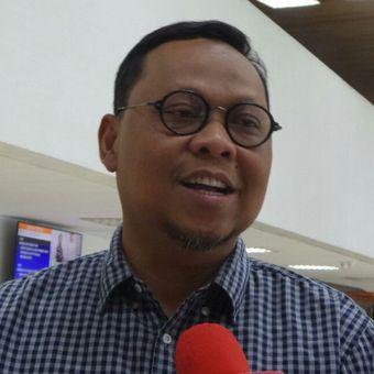 Wakil Ketua Komisi II DPR Lukman Edy di Kompleks Parlemen, Senayan, Jakarta, Jumat (14/7/2017).