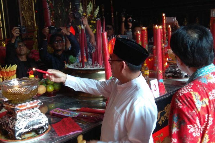 Calon gubernur Sudirman Said saat berada di Kelenteng Tay Kak Sie di Semarang pada hari kedua masa kampanye, Jumat (16/2/2018).