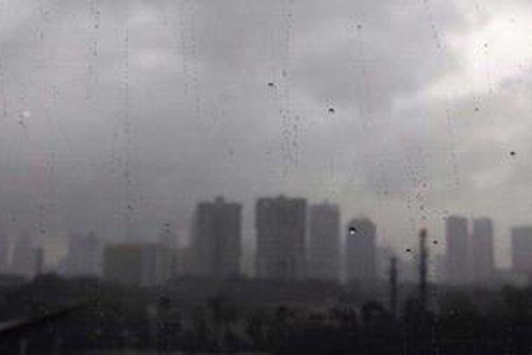 Ilustrasi Hujan Deras. KOMPAS/AGUS SUSANTO