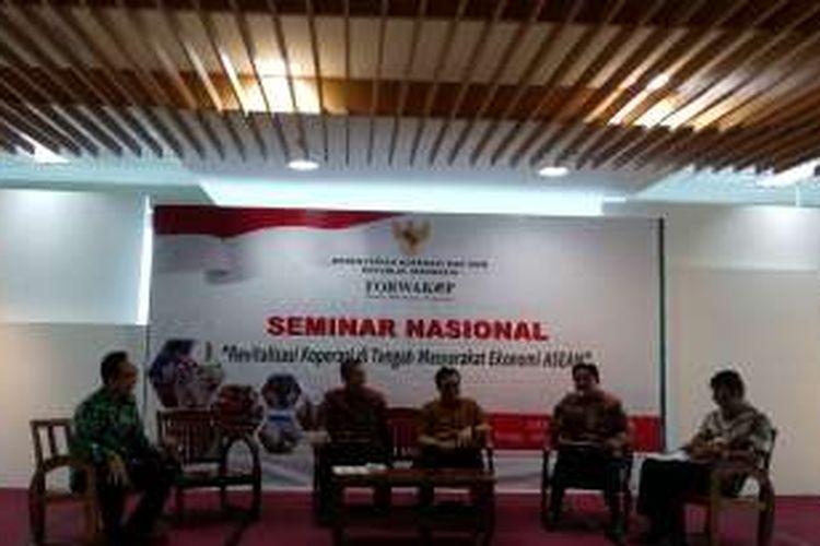 Seminar Nasional, Revitalisasi Koperasi di Tengah Masyarakat Ekonomi Asean di Semsco Jakarta, Senin (27/6/2016).