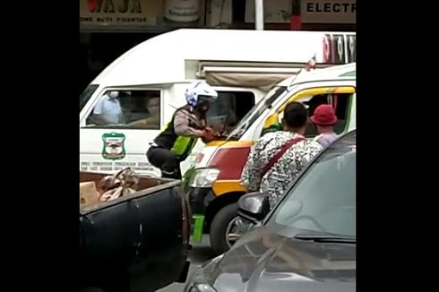 Menolak Diatur Saat Terjadi Kemacetan, Sopir Angkot Nekat Tabrak Polisi, Ini Kronologinya