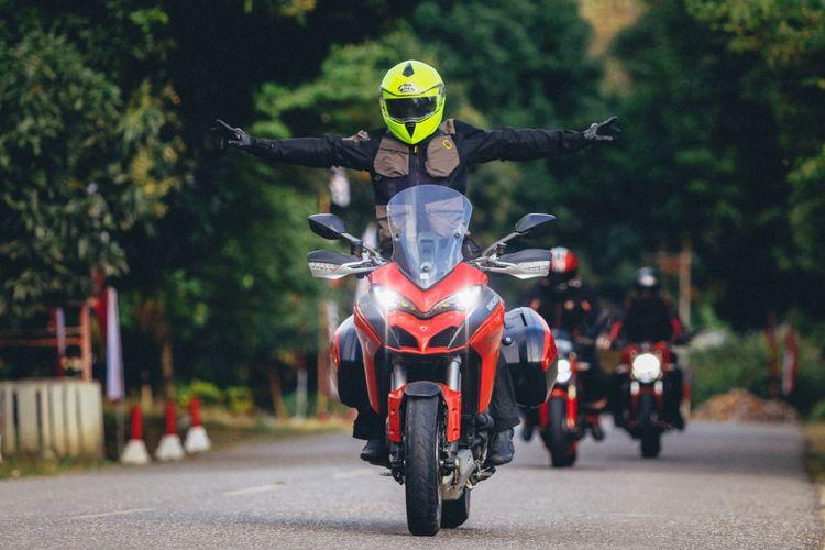 Touring Komunitas Ducati