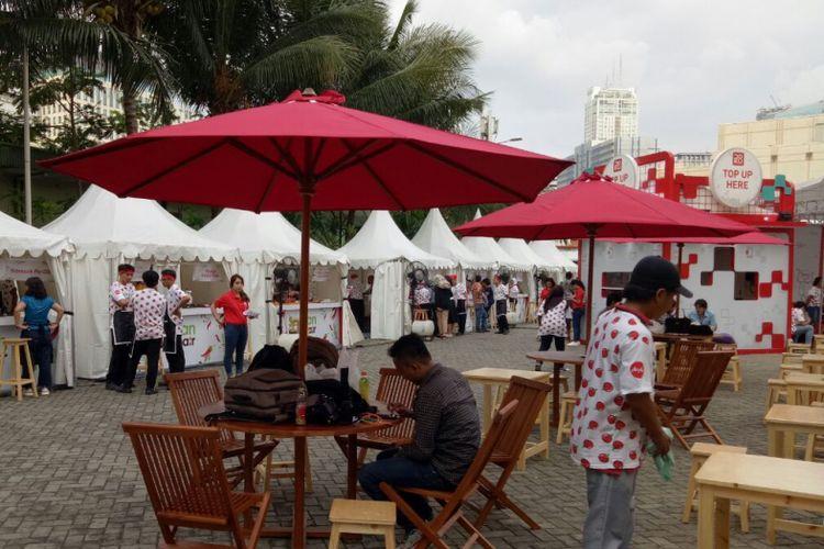 Suasana Bazar Kuliner Santan Coolinair by AirAsia, menyajikan ragam kuliner Asean, mulai 29 September - 1 Oktober 2017, di Senayan City, Jakarta.