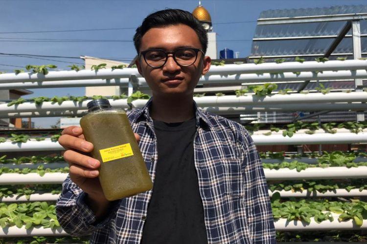 Theodorus Primaxylxla Jodimarlo, pemilik perusahaan travel dan jus pakcoy sehat di Bandung.