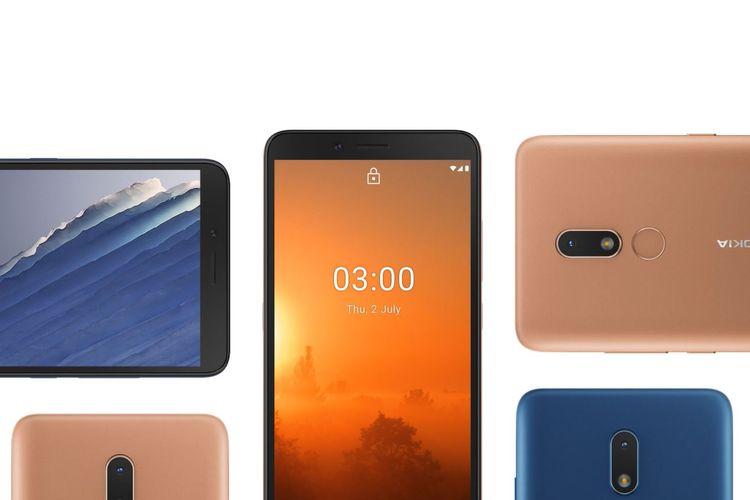 Nokia C3 dalam varian warna Nordic Blue dan Sand.
