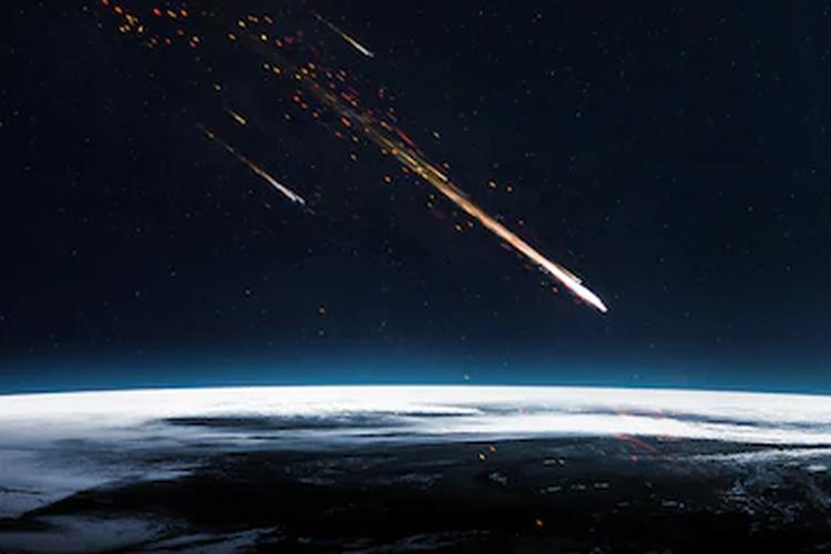 Ilustrasi meteorit, meteor jatuh ke Bumi
