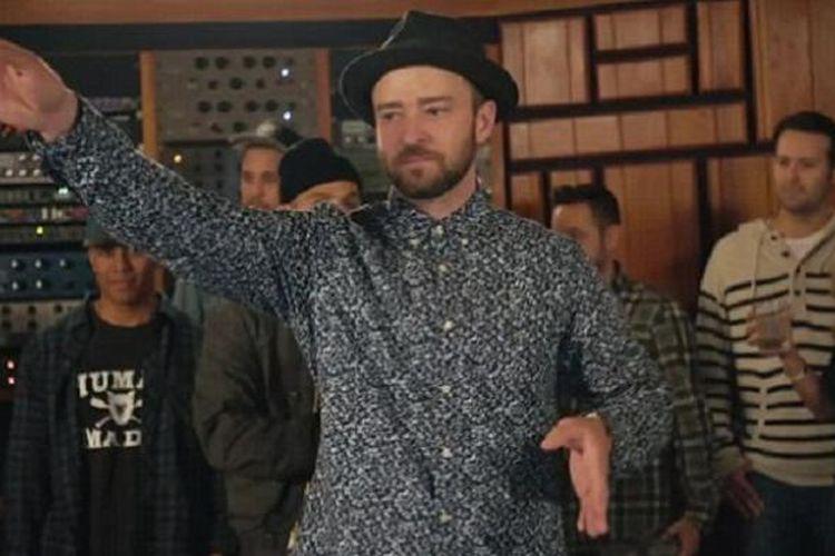 Justin Timberlake dalam video musik Cant Stop The Feeling yang dirilis pada Kamis (5/5/2016).